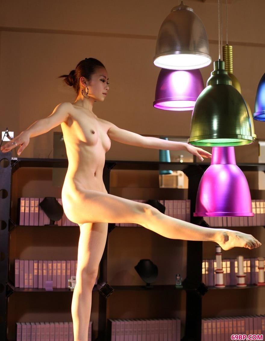 芭蕾女孩舞动的贝贝1_私拍炮轰图150p